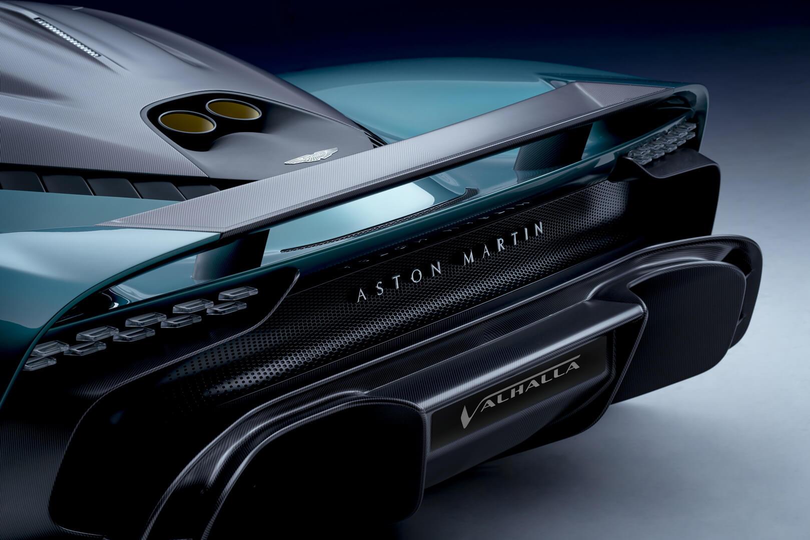 Гиперкар Aston Martin Valhalla оснащается особыми аэродинамическим обвесом