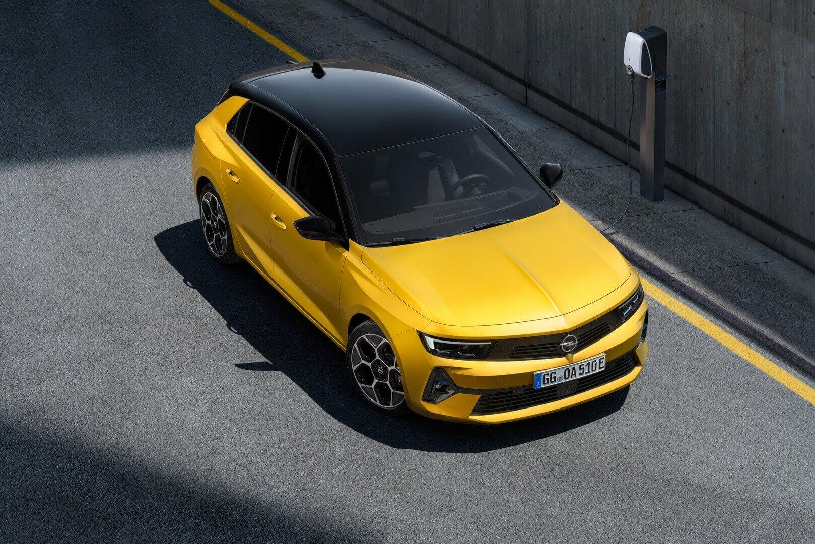 Новое поколение Opel Astra представлено в 2 PHEV-версиях