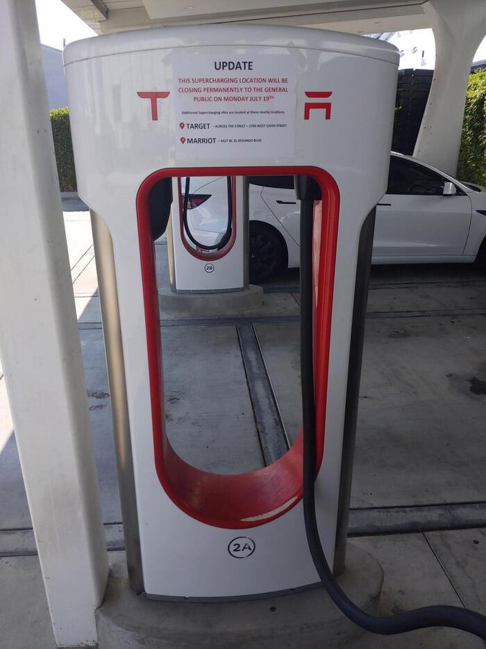 Tesla закрыла для публики свою первую станцию Supercharger в Хоторне, штат Калифорния