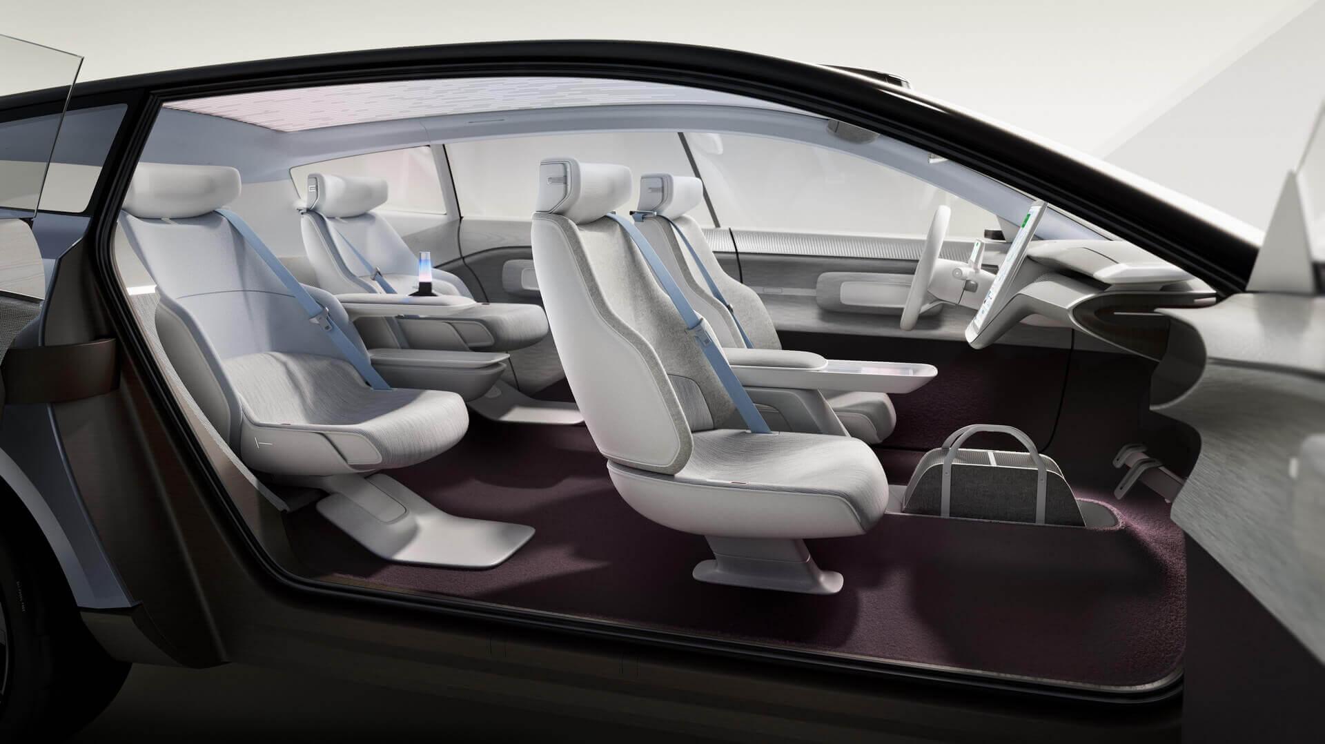 Салон Volvo Concept Recharge