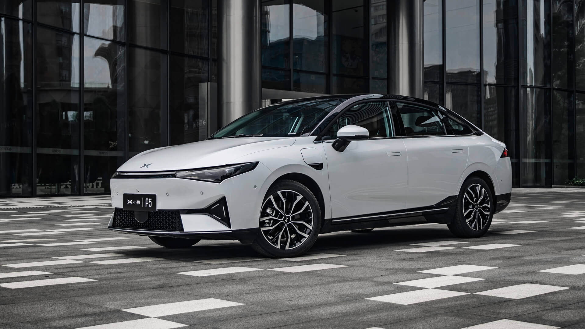 Китайский производитель электромобилей Xpeng оценил свой новый седан в $24 650