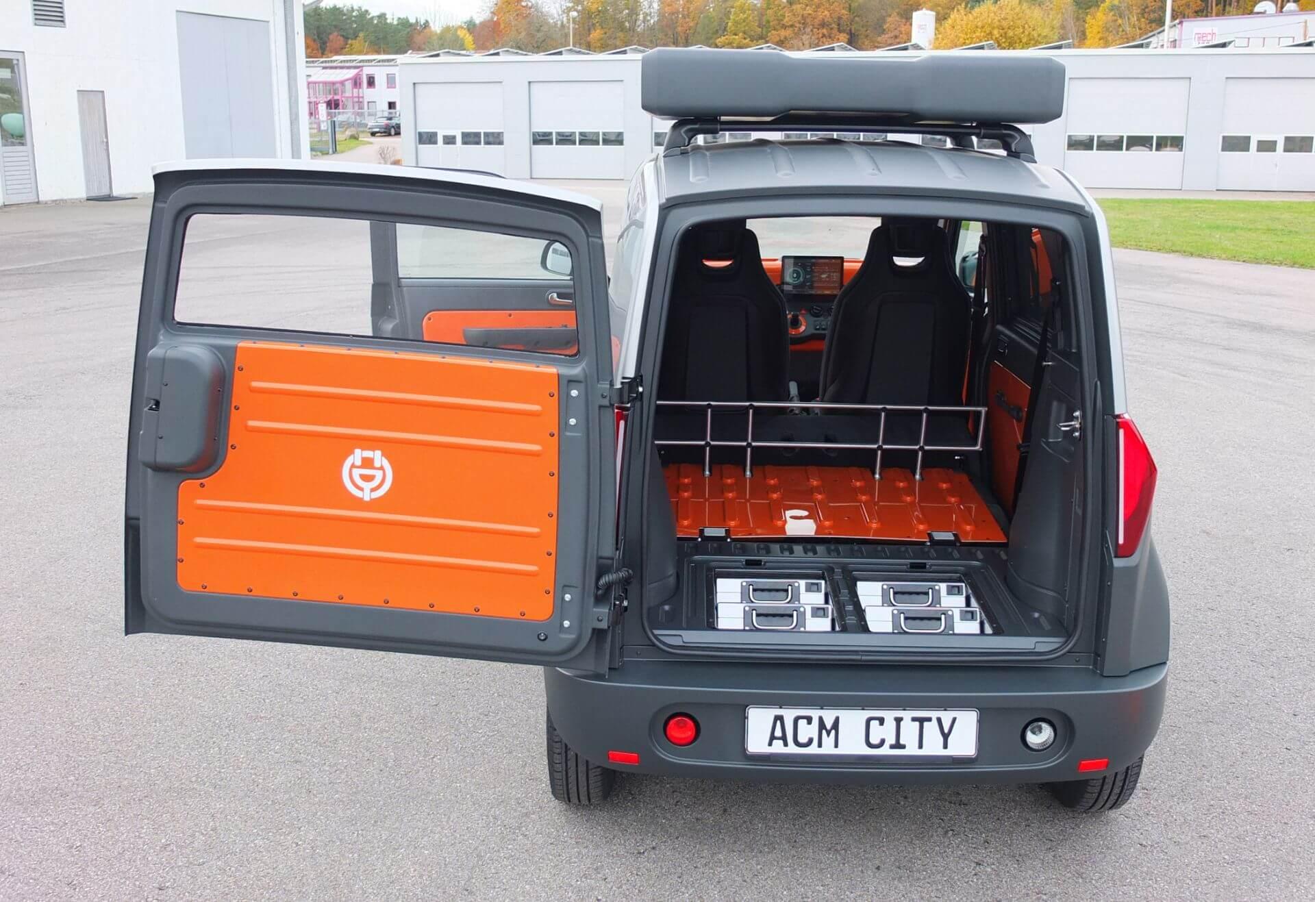 ACM City One может использоваться в качестве небольшого коммерческого автомобиля