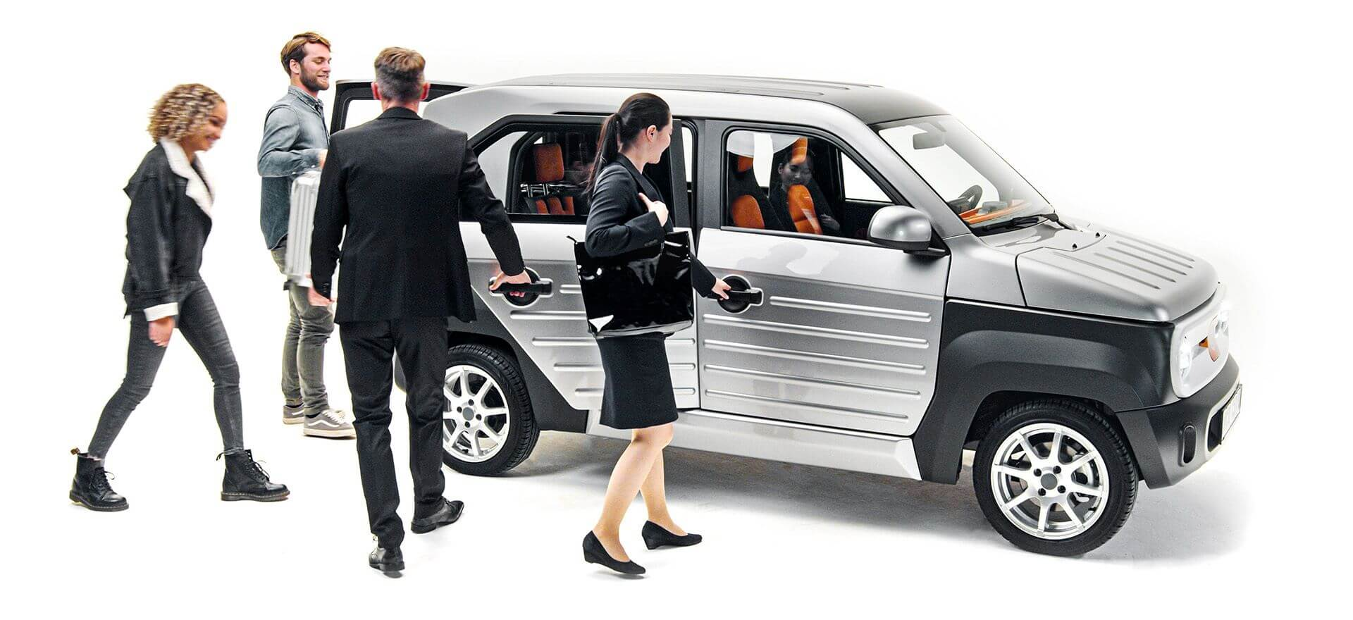 ACM City One — городской электромобиль сосменными батареями