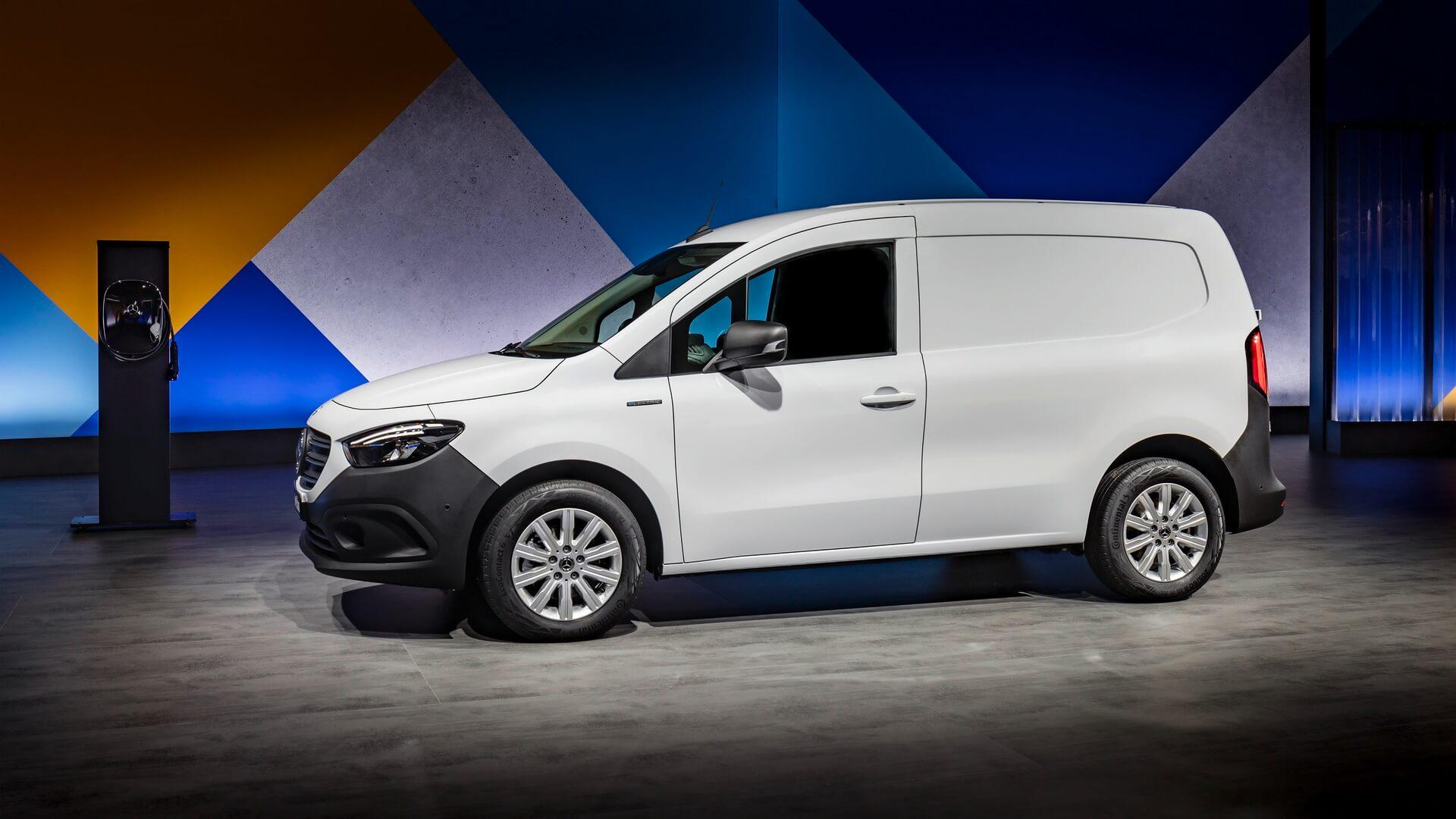 Mercedes-Benz представил характеристики электрофургона eCitan