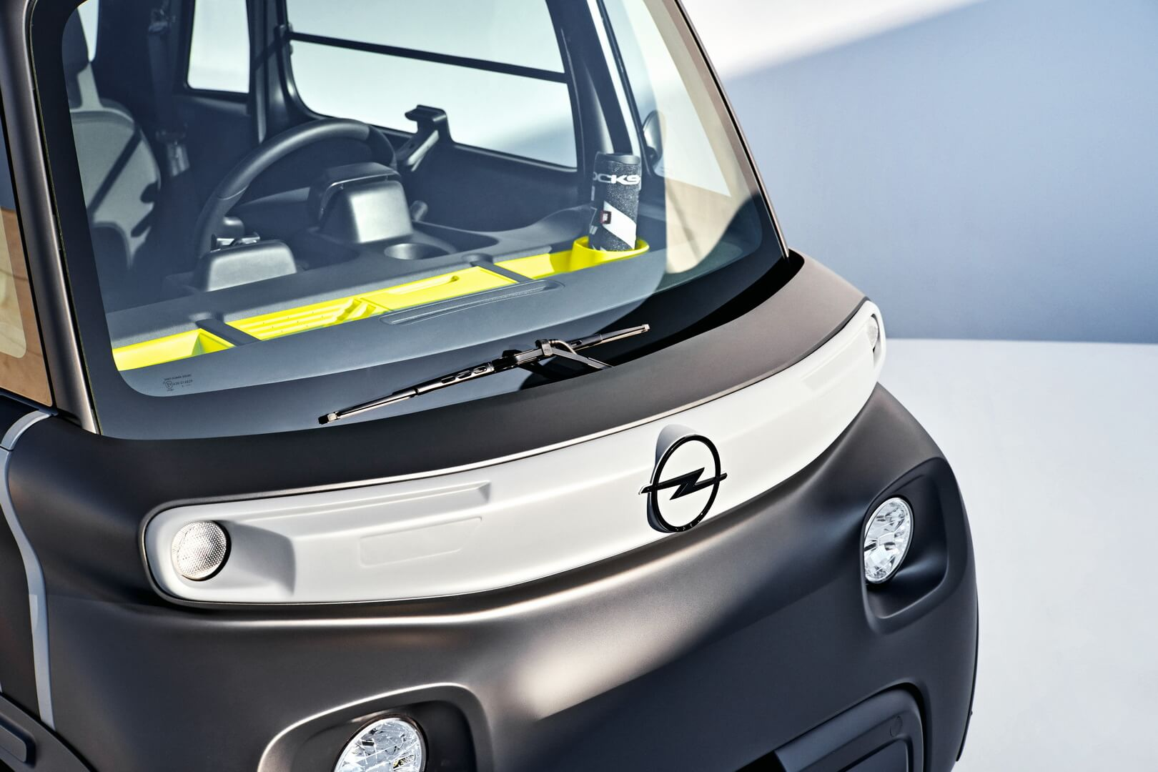 Opel представляет собственную версию небольшого электромобиля Citroen Ami