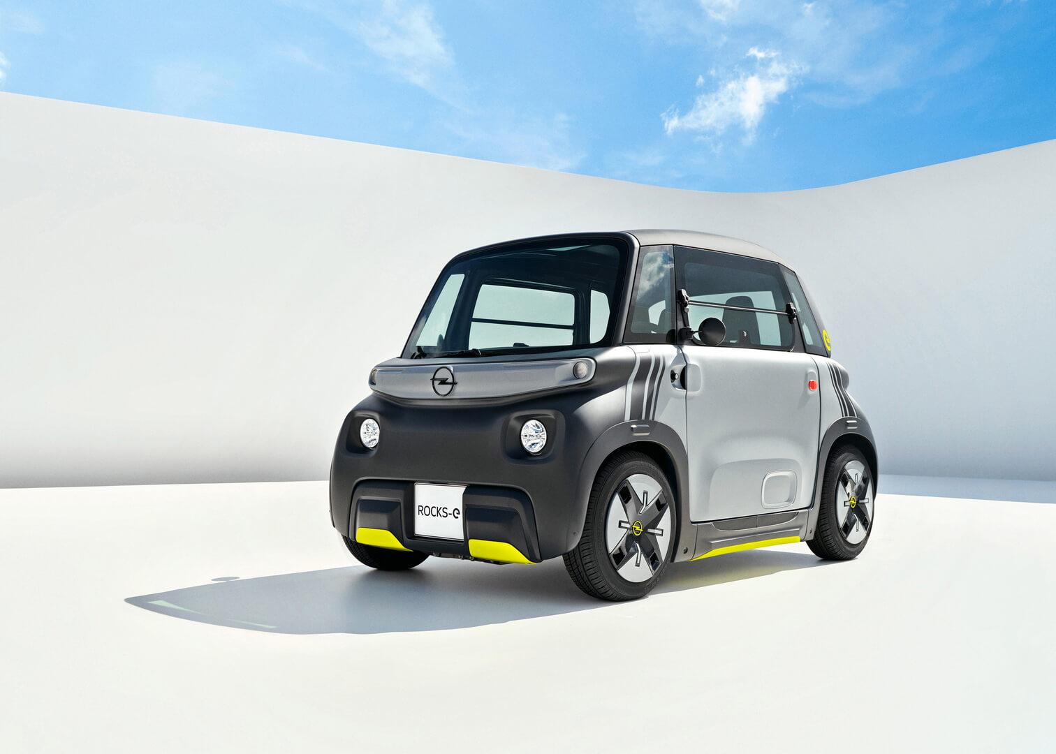 Миниатюрный электромобиль Citroen Ami получил брата Opel Rocks-e