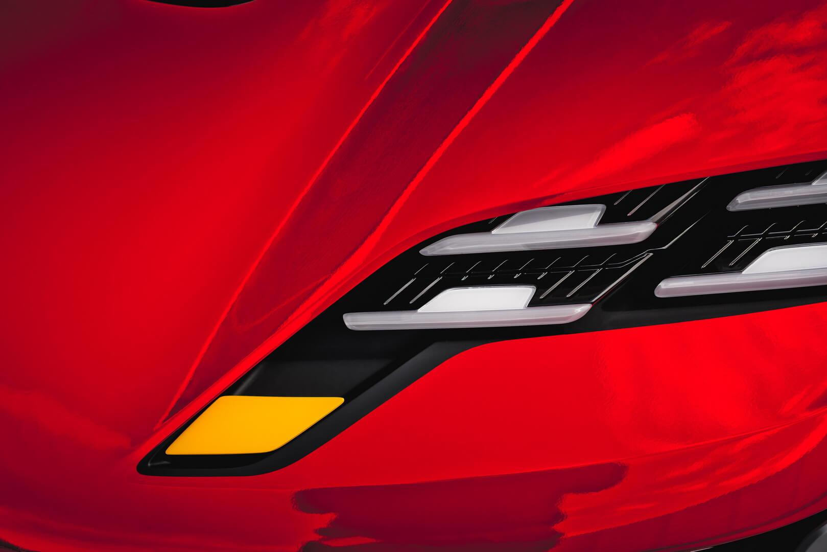 Компания Porsche опубликовала загадочный тизер грядущего электромобиля, премьера которого состоится на Мюнхенском автосалоне