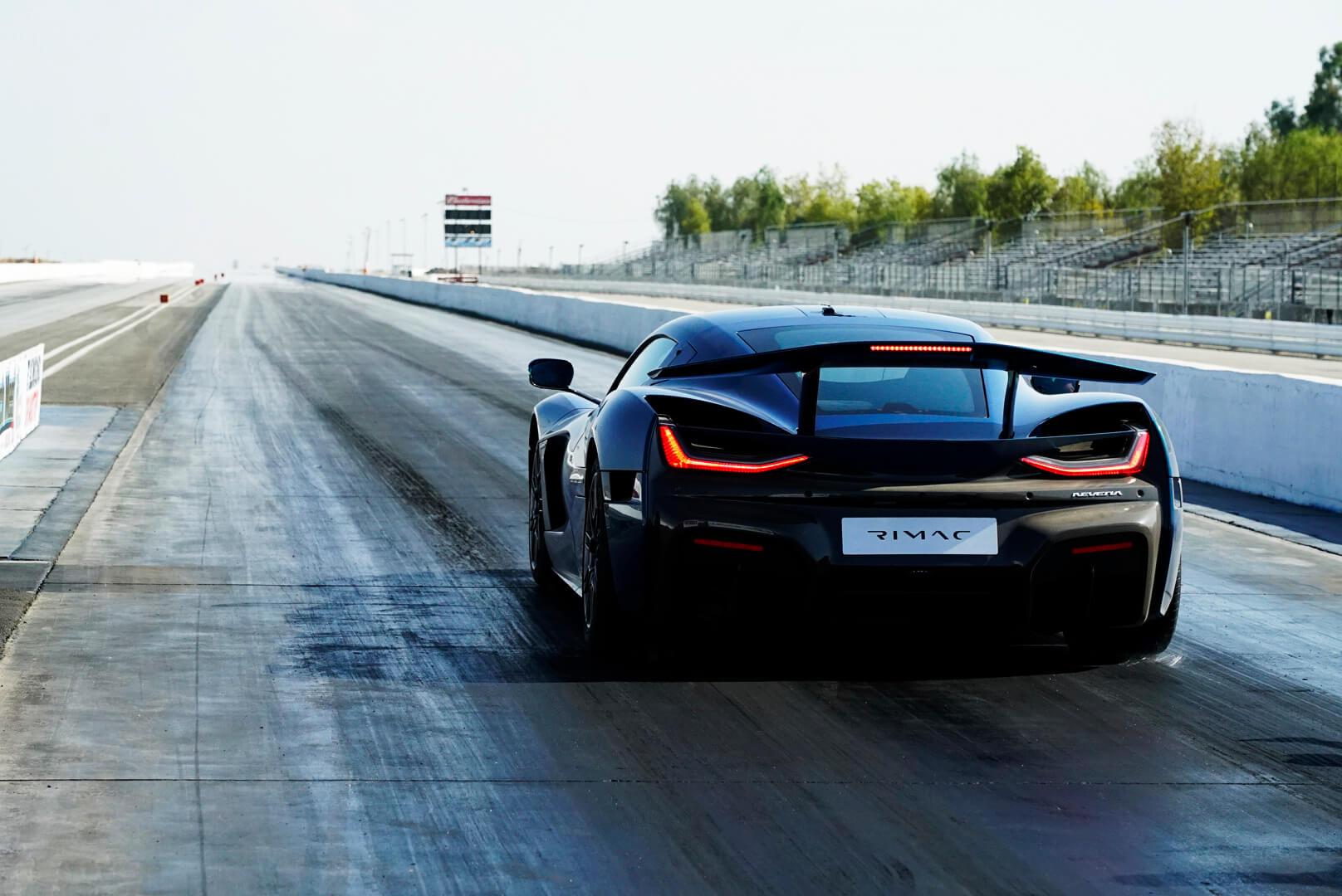 Rimac Nevera стал самым быстрым серийным автомобилем надистанции четверти мили