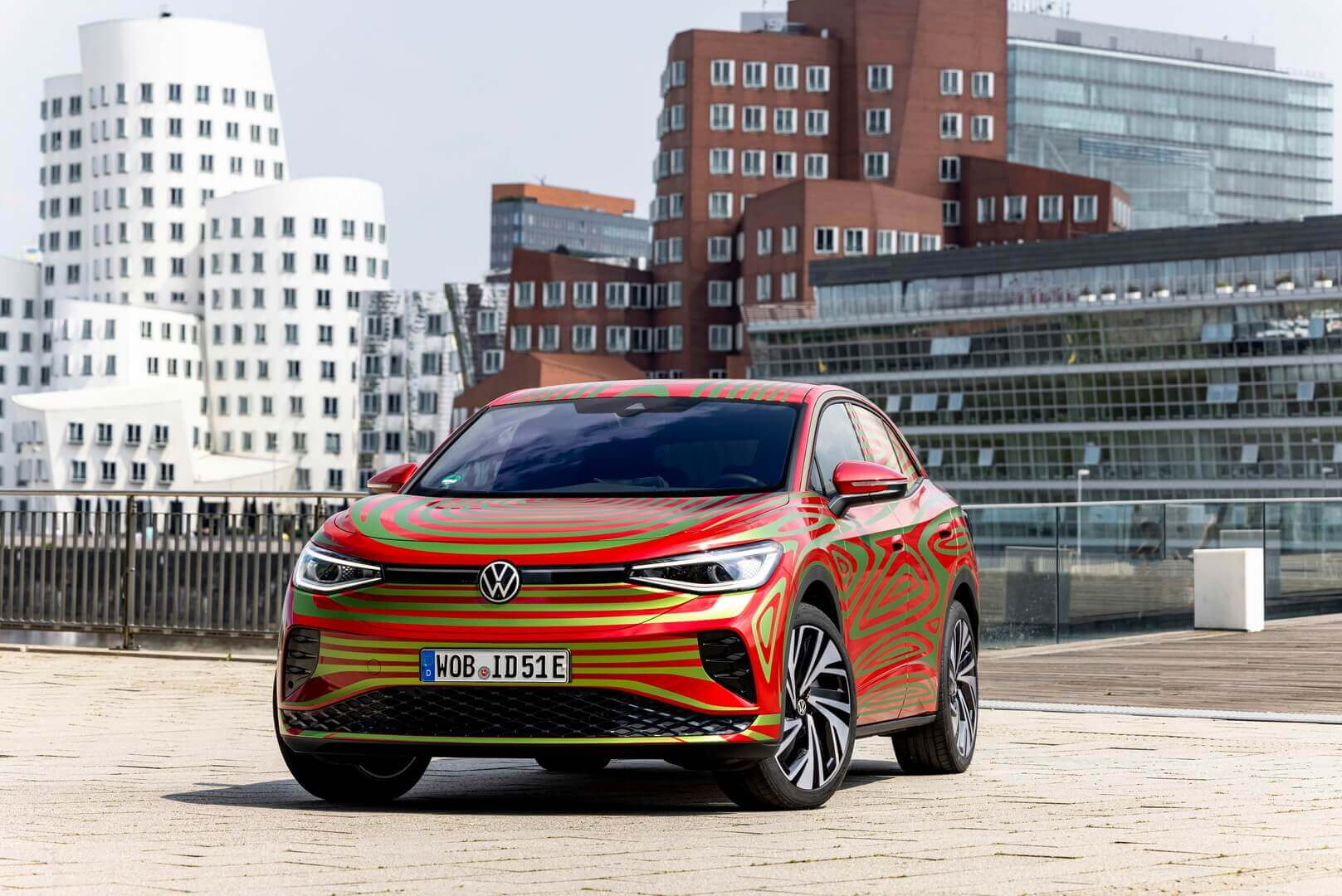 Концепт VW ID.5 GTX раскрыт в преддверии дебюта на IAA Mobility 2021