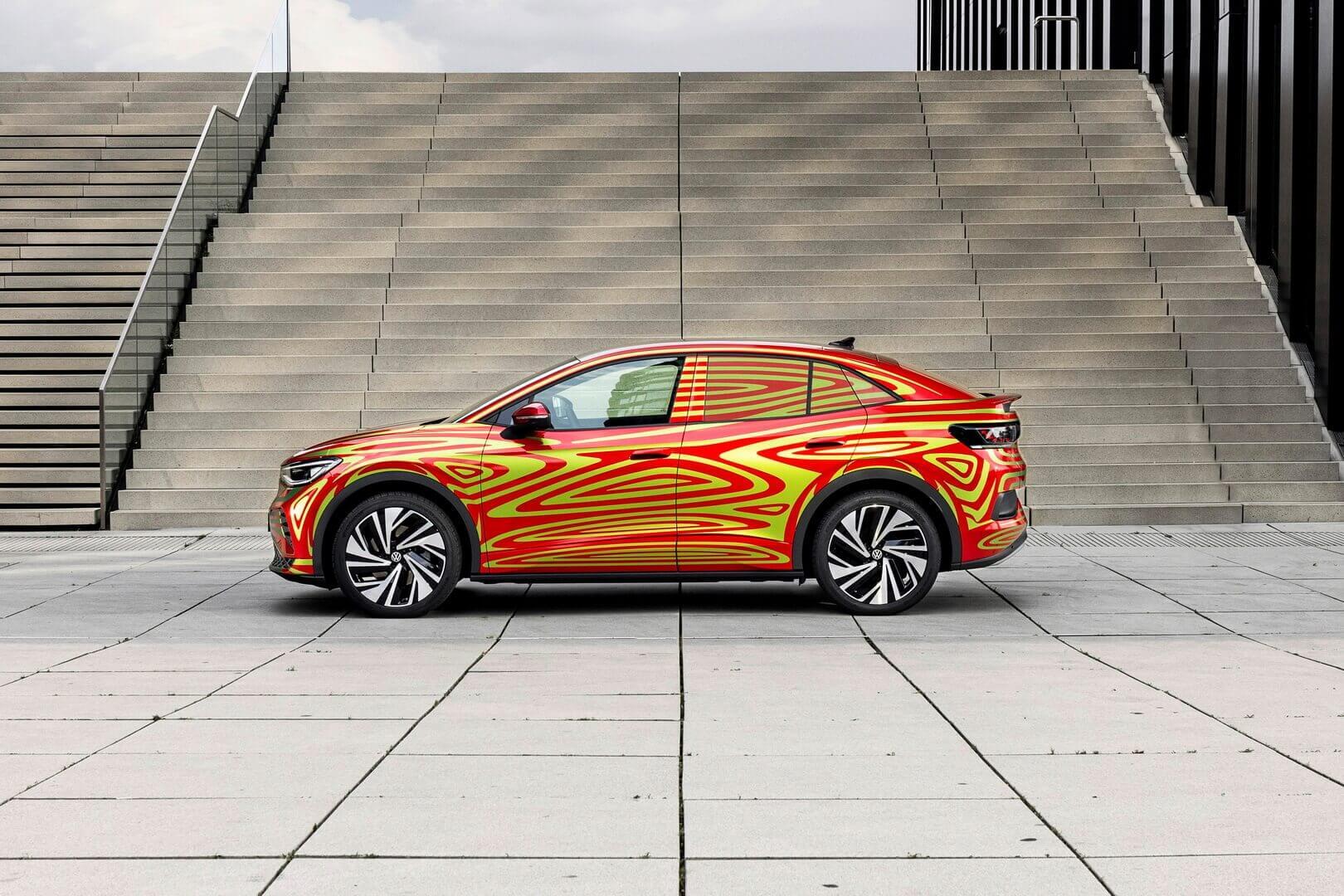 Концепт электрического кроссовера-купе Volkswagen ID.5 GTX