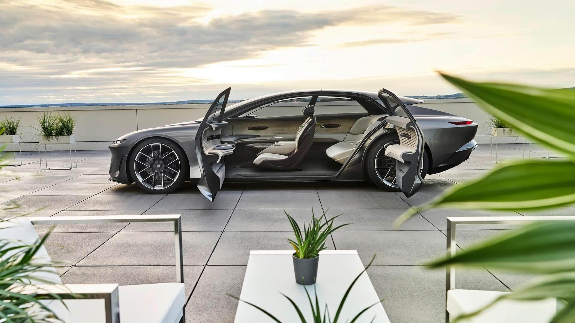 Audi представила концепт электрического седана Grandsphere