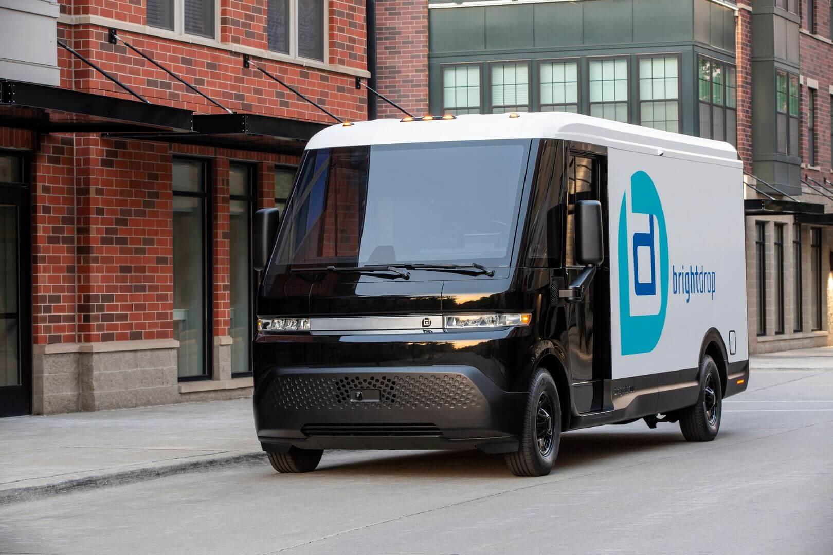 GMначинает производство электрического автофургона BrightDrop EV600 ипредставляет более короткую модель EV410
