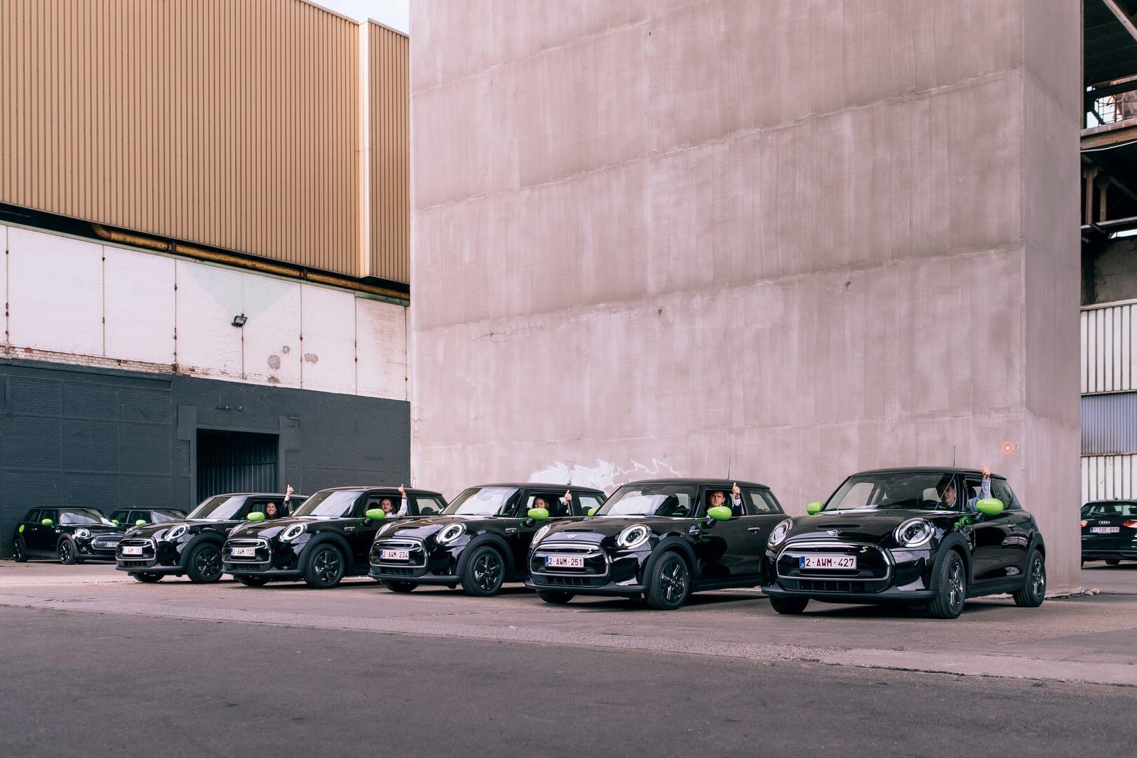 В автопарке «Deloitte» теперь будет эксплуатироваться 240 автомобилей MINI Electric