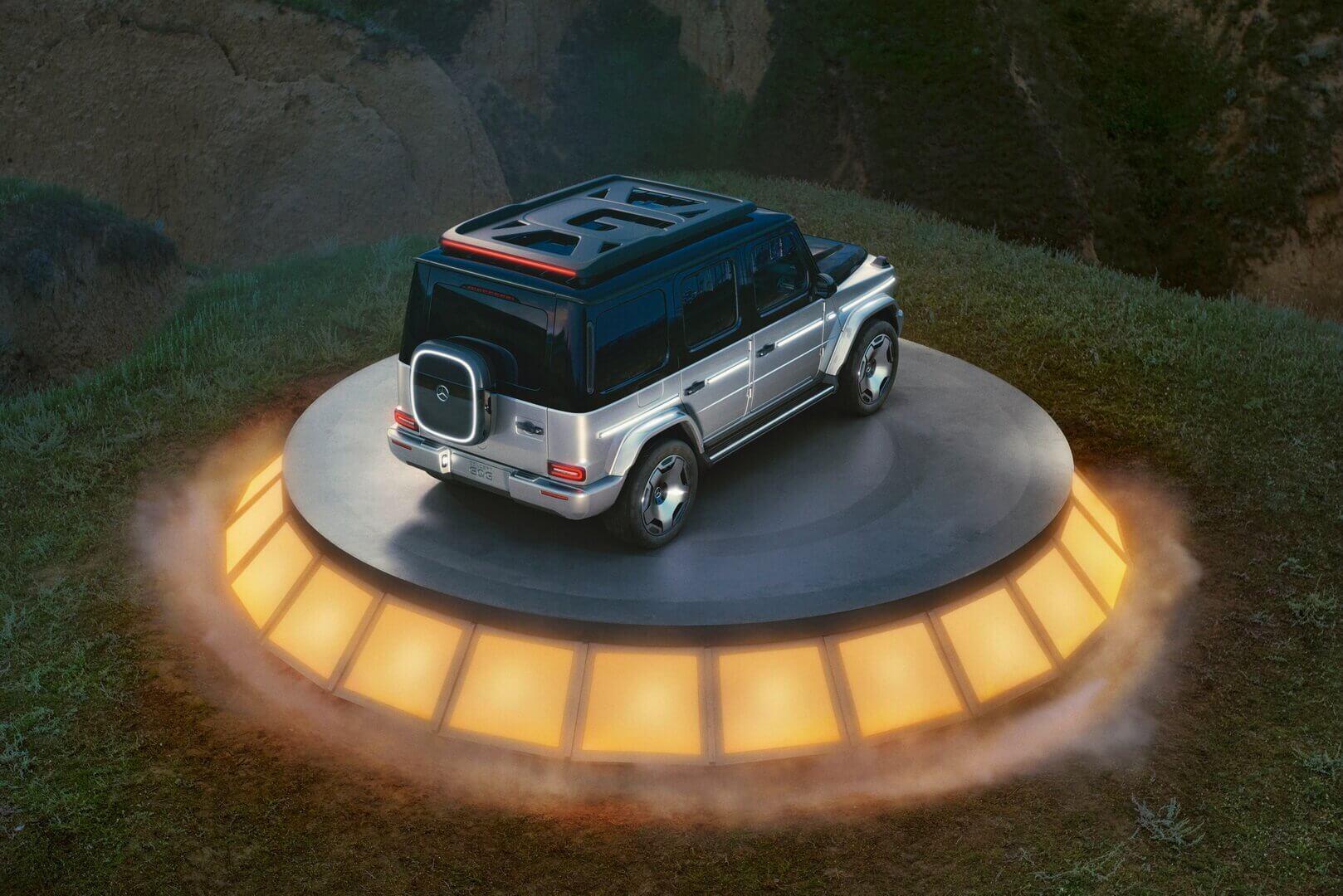 Центральным элементом плоского багажника на крыше является центрально расположенная буква «G»