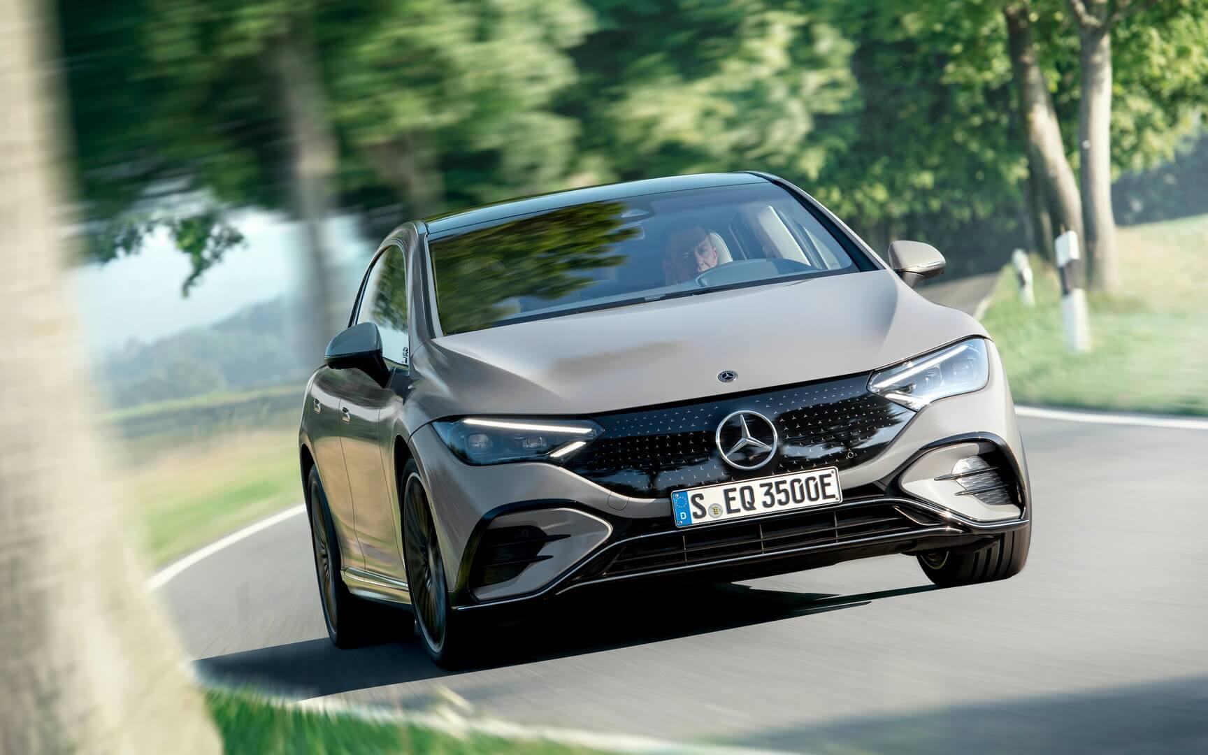 Mercedes-Benz представляет электрический седан EQE с впечатляющим пробегом в 660 км