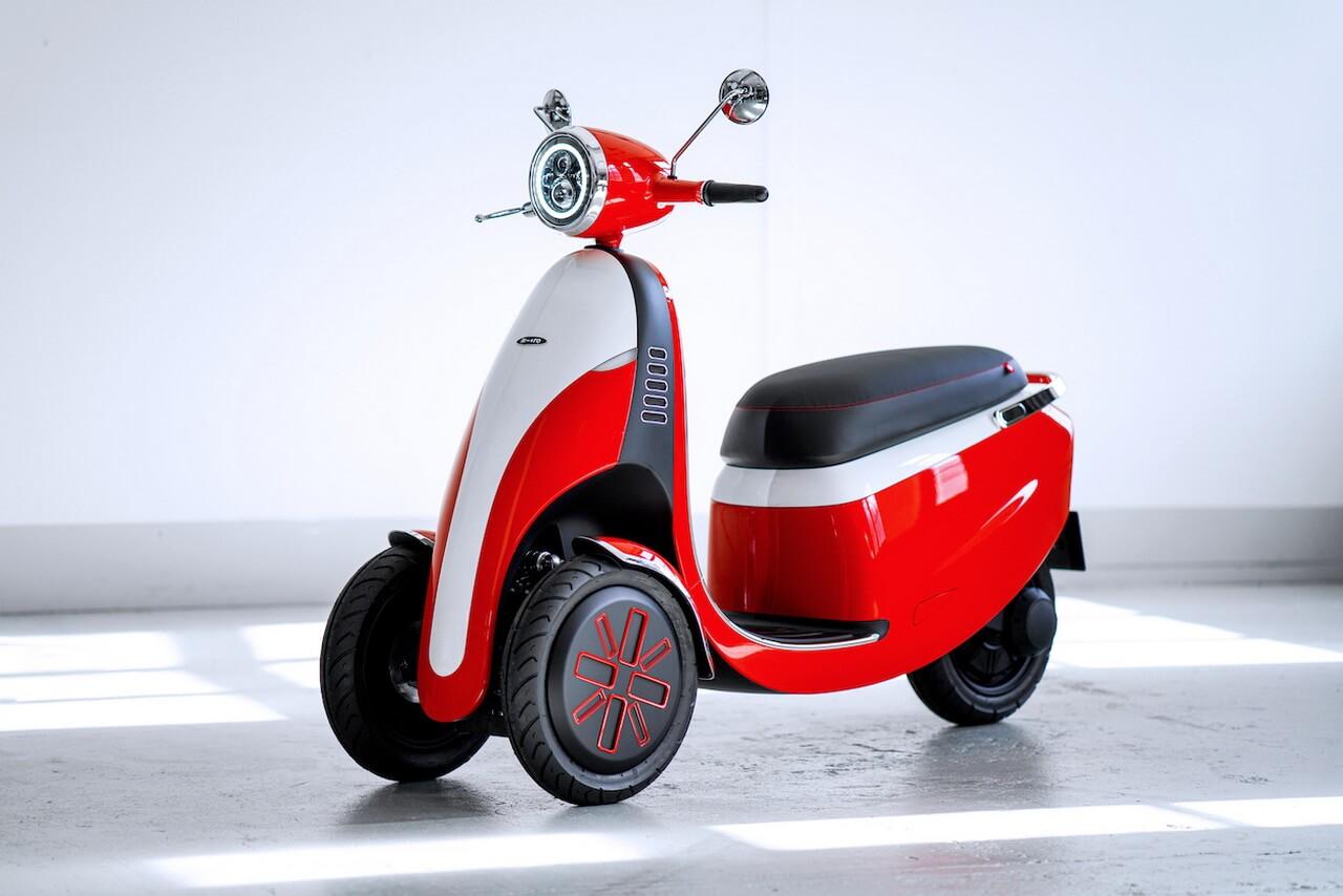 Трехколесный электрический скутер Microletta