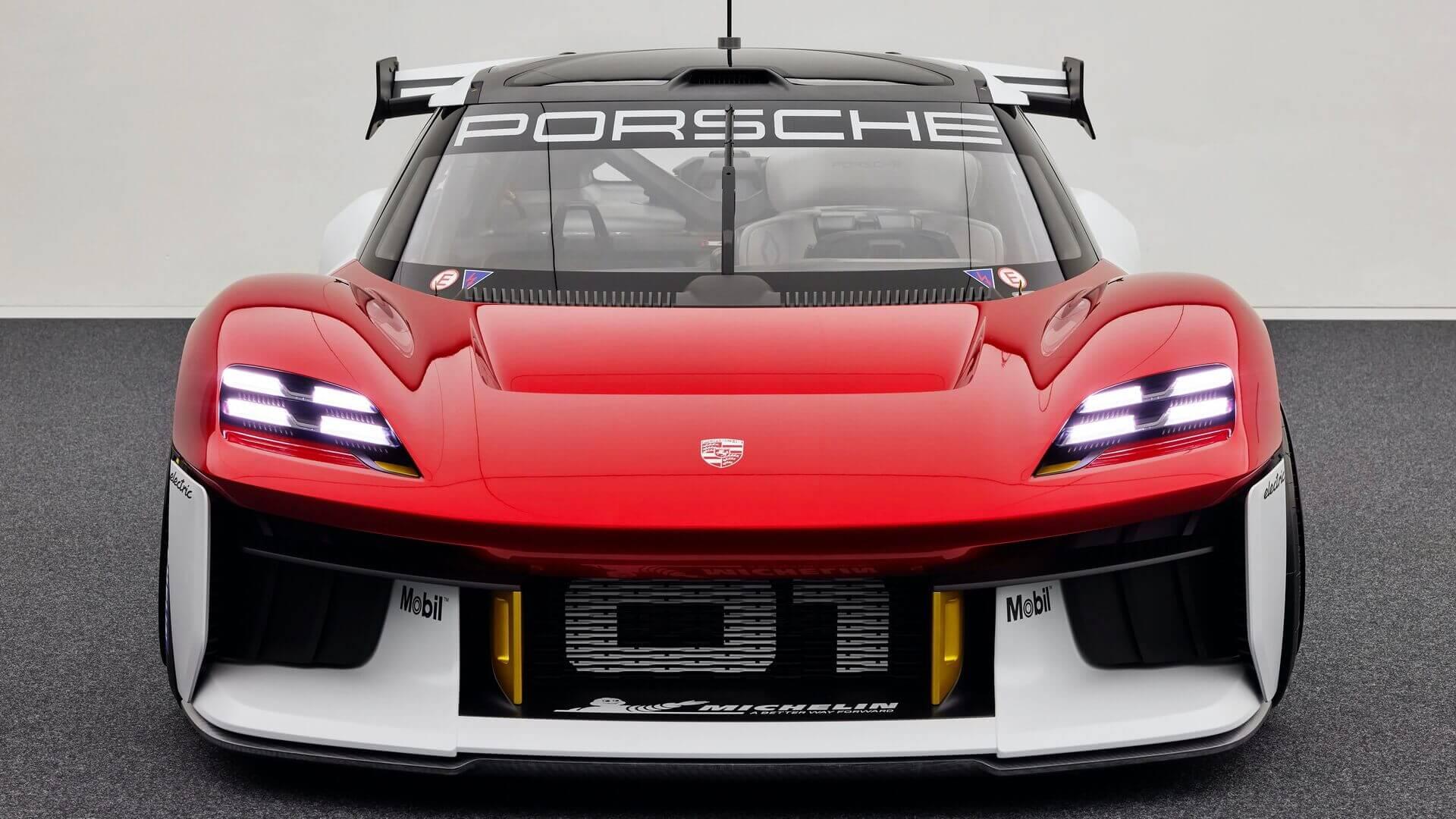 Porsche Mission R— будущий электрический гоночный автомобиль