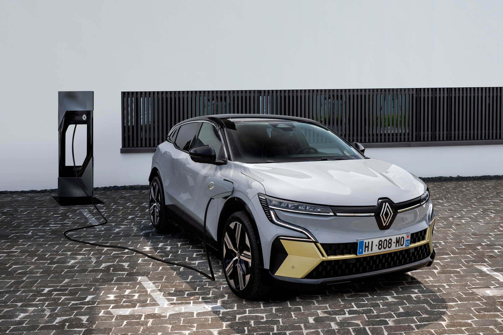 Компания Renault официально представила новый Megane E-TECH Electric на выставке IAA Mobility 2021