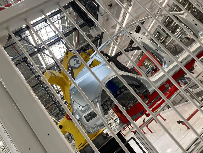 Берлинская гигафабрика Tesla может производить электромобили уже вноябре или декабре